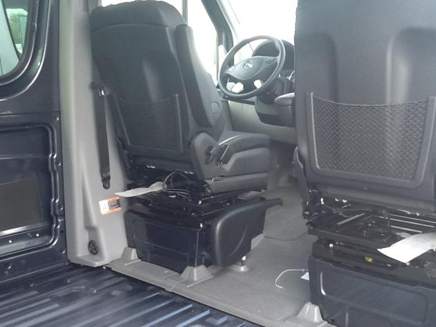 2015 3500 170E Tenorite Grey V6 $64,425 #FP158164